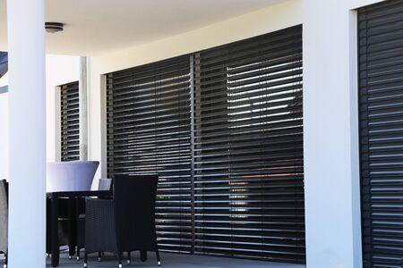 Foto de Window with modern blind, exterior shot - Imagen libre de derechos