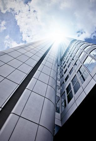 Foto de futuristic skyscraper office building seen from below, Frankfurt am Main, Germany - Imagen libre de derechos