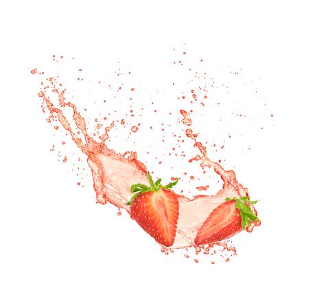 Photo pour Strawberry juice isolated on white background - image libre de droit