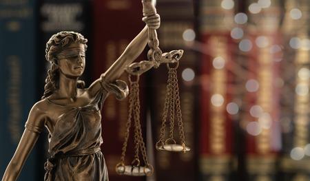 Photo pour Justice law legal concept. - image libre de droit