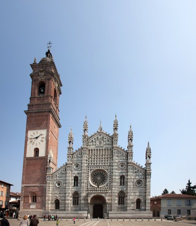 Monza is known for its Romanesque Gothic style Cathedral of Saint John. The black andwhite marble arcaded faade was erected in the mid 14th century by Matteo da Campione