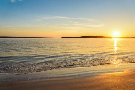Photo pour Carters Beach at Sunrise Nova Scotia, Canada - image libre de droit
