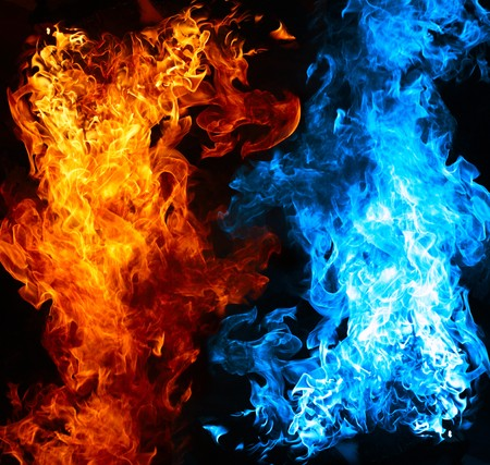 Foto de Red and blue fire on balck background - Imagen libre de derechos