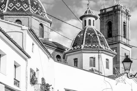 Photo pour Beautiful Church of Our Lady of Consolation in the Mediterranean village of Altea, Alicante province, Spain; black and white image - image libre de droit
