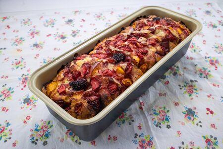 Photo pour Homemade pie or cake with fruits, food photography recipe idea. - image libre de droit