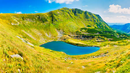 Photo pour Blue lake panorama landscape in mountains with blue water. High resolution panorama - image libre de droit