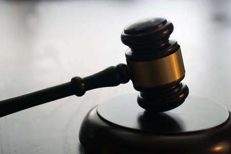 Photo pour Gavel on bright background. Law and justice concept. - image libre de droit