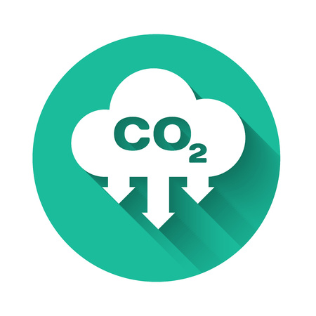 Illustration pour White CO2 emissions in cloud icon isolated with long shadow. Carbon dioxide formula symbol, smog pollution concept, environment concept. Green circle button. Vector Illustration - image libre de droit