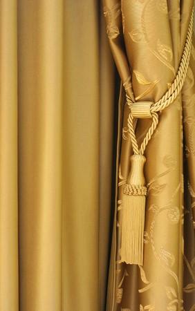 Photo pour golden silky curtains - image libre de droit