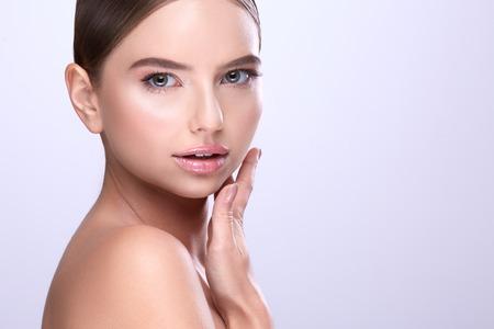 Photo pour Pretty make up model at gray studio background - image libre de droit