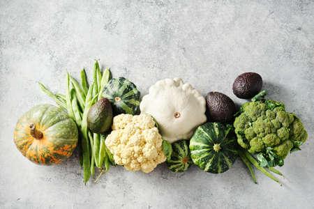 Foto für Broccoli, cauliflower, green beans, squash, and other fresh on a grey background. - Lizenzfreies Bild