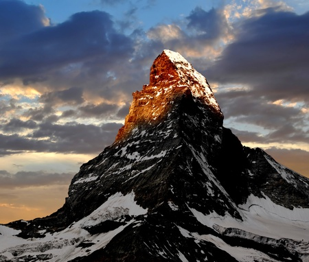 Photo pour sunrise on the Matterhorn  - image libre de droit
