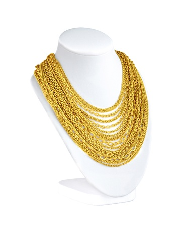 a lot of attractive gold necklaces for you to choose