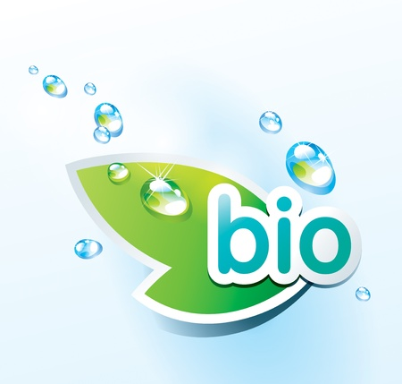 Illustration pour Icon bio with a green leaf and water drops. Vector illustration. - image libre de droit