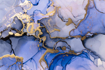 Photo pour Closeup of blue and shiny golden alcohol ink abstract texture, trendy wallpaper. Art for design project as background for invitation or greeting cards, flyer, poster, presentation, wrapping paper - image libre de droit