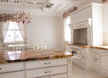 Photo pour beautiful interior of the kitchen area - image libre de droit