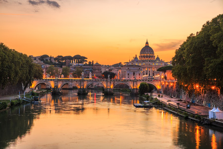 Photo pour Vatican City, Rome, Italy, Beautiful Vibrant Night image Panorama of St. Peters Basilica, Ponte St. Angelo and Tiber River at Dusk in Summer. Reflection of The Papal Basilica of St. Peter. - image libre de droit