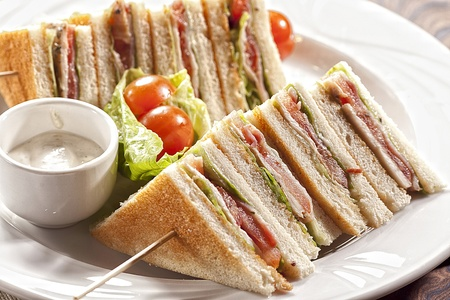 club sandwich with