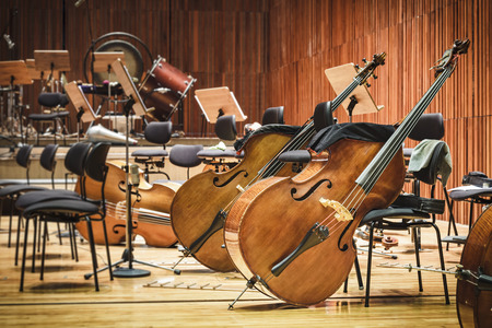 Photo pour Cello Music instruments on a stage - image libre de droit