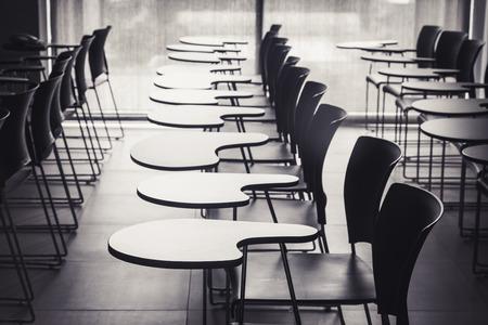 Foto de Lecture room with empty seats in row - Imagen libre de derechos
