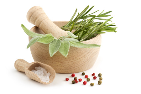 Photo pour sage and rosemary in the mortar, scoop of coarse salt and peppercorns - image libre de droit