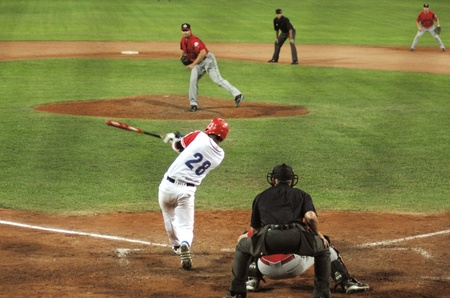 Image of the game betwen Canada and Cuba in the baseball worldcup. .Cuba was the winner,5x1,and pass to the final with USA.のeditorial素材