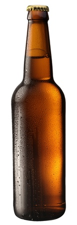 Photo pour Bottle of beer with drops on white background. The file contains a path to cut. - image libre de droit