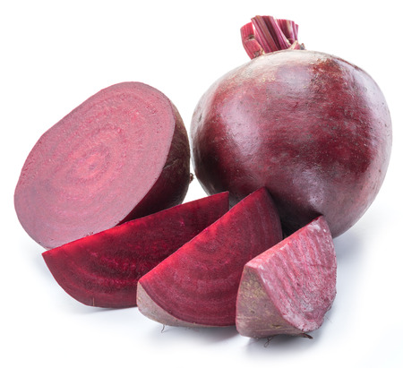 Photo pour Red beet or beetroot on white background. - image libre de droit