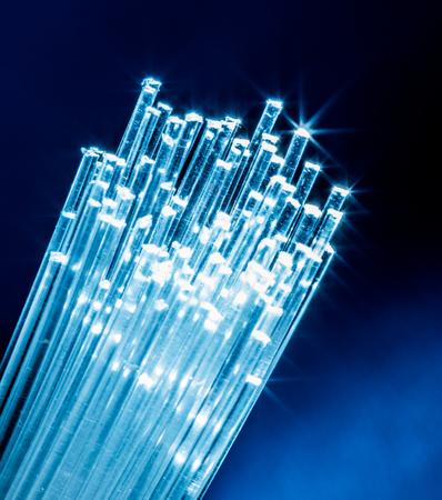Photo pour Bundle of optical fibers with lights in the ends. - image libre de droit