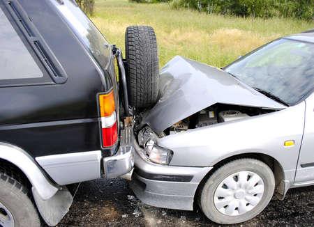 Photo pour Car accident on the highway - image libre de droit