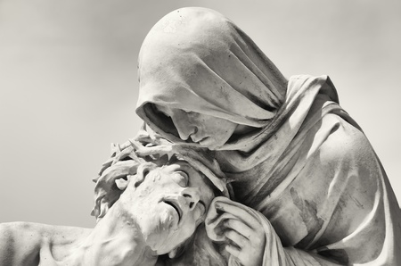 Photo pour Passion of Christ in front of the Basilica Notre-Dame de la Garde in Marseille, France - image libre de droit