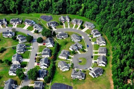 Foto de aerial view of suburan development - Imagen libre de derechos