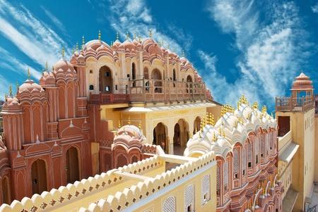 Photo pour Hawa Mahal, the Palace of Winds, Jaipur, Rajasthan, India.  - image libre de droit