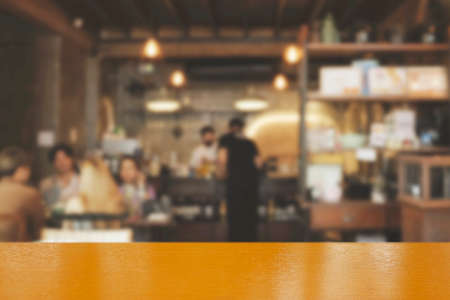 Photo pour Blur coffee shop or cafe restaurant with abstract bokeh light image background. People in store Blur Background or design key visual layout - image libre de droit