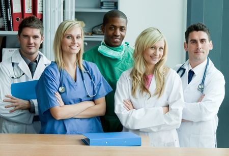 Photo pour Portrait if an international medical team - image libre de droit