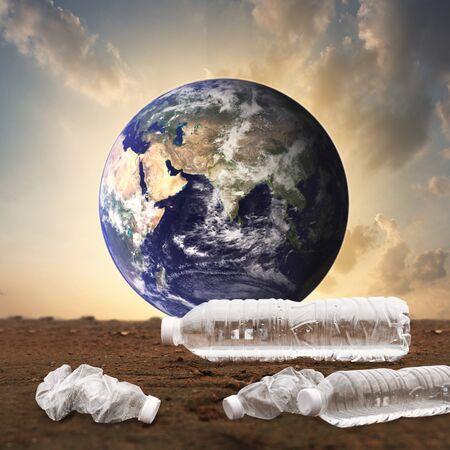 Photo pour Plastic water bottles pollution in the ocean (Environment concept) - image libre de droit