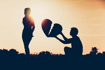 Photo pour Difficult love and relationship concept - image libre de droit