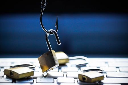 Photo pour Phishing attack computer system - image libre de droit