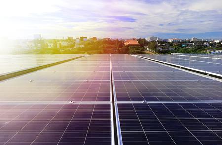 Photo pour Solar PV Rooftop Beautiful Sunlight - image libre de droit