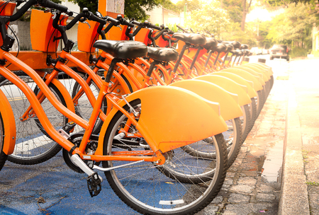 Photo pour Rent and share bicycles parked on the street in Sao Paulo, Brazil - image libre de droit