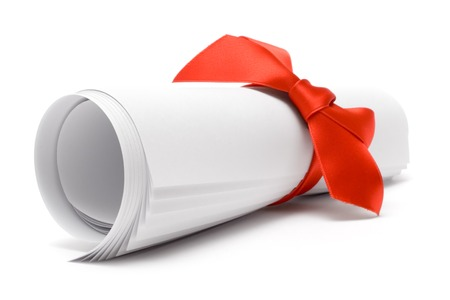 Photo pour Gift certificate with a red ribbon isolated on a white background. - image libre de droit