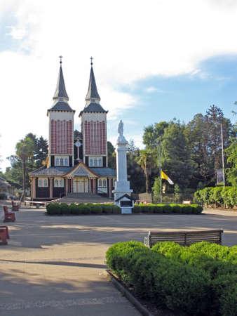 PANGUIPULLI, CHILE - Dec 19, 2017: Distintiva iglesia en la ciudad de Panguipulli, pueblo situado al borde del lago homonimo