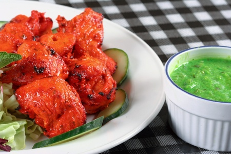Chicken tikka with salad