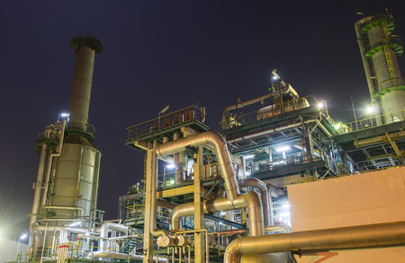 Photo pour Refinery industrial plant with Industry boiler at night - image libre de droit