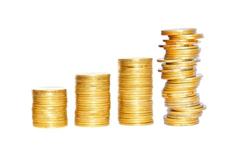 Photo pour Savings, increasing columns of gold coins isolated on white background - image libre de droit