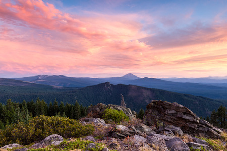 beautiful view form the top of red blanket mountain in southern Oregon