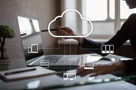 Syntax buys Linke, a spanish company from the Cloud Computing Sector.
