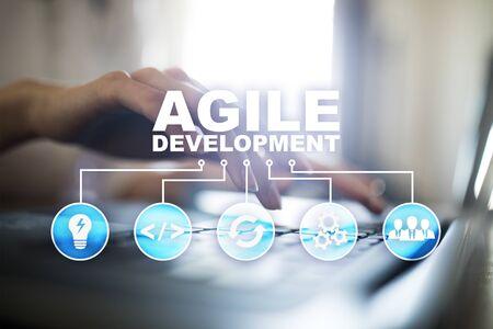 Photo pour Agile development, Software and application programming concept on virtual screen. - image libre de droit