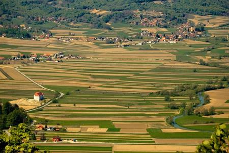 Photo pour River Bednja valley aerial view with castle  - image libre de droit