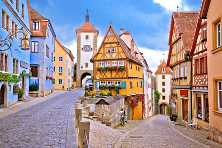Foto für Cobbled street and architecture of historic town of Rothenburg ob der Tauber view, Romantic road of Bavaria region of Germany - Lizenzfreies Bild